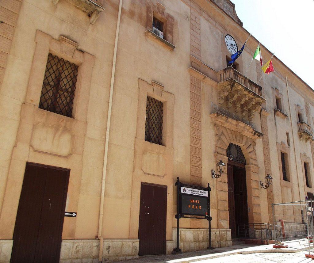 Palazzo Crociferi